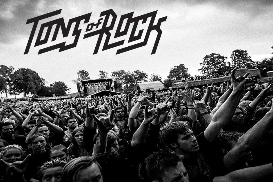 Tons-of-Rock-festival-photo-2