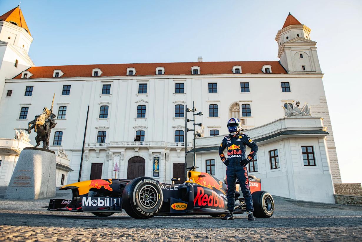 Red Bull Racing Honda F1 Castle Bratislava 2021
